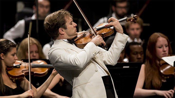 Renaud Capuçon plays Mendelssohn's Violin Concerto No. 2