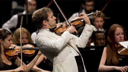 Renaud Capuçon plays Mendelssohn's Violin Concerto