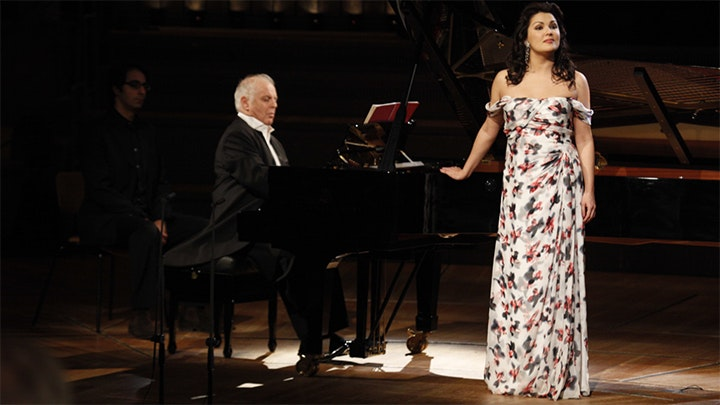 Anna Netrebko and Daniel Barenboim perform Russian Songs