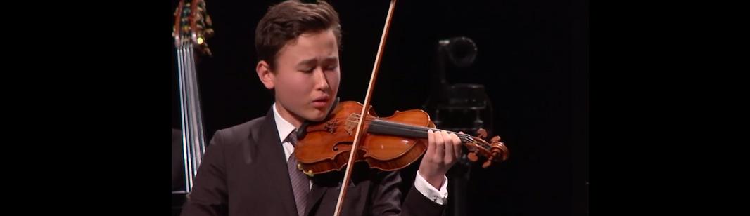 Lahav Shani conducts Mozart, Bruch, and Schubert – With Daniel Lozakovich
