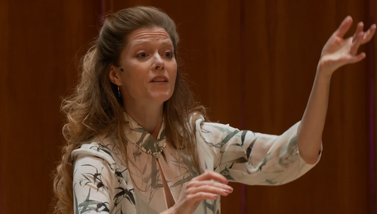 Sir Simon Rattle dirige Ravel, Barber, Harrison y Varèse — Con Barbara Hannigan