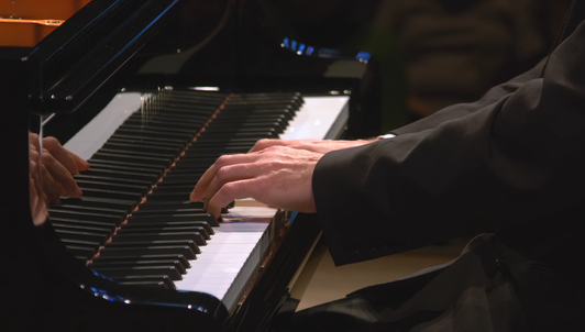 Louis Lortie plays Beethoven's Piano Sonatas Nos. 4, 13, and 26