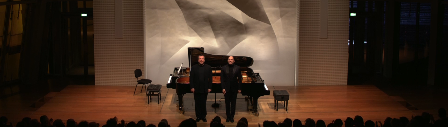 Thomas Adès and Kirill Gerstein play Debussy, Stravinsky, Lutosławski, Adès and Ravel
