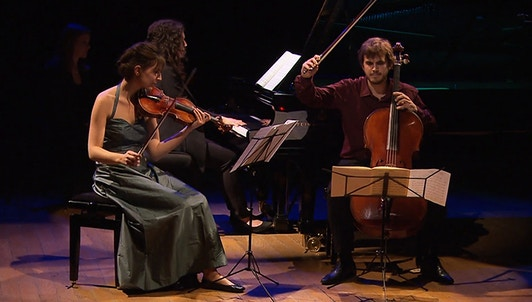 The Trio Karénine performs Beethoven, Hersant and Chostakovitch