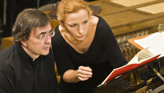 Pierre-Laurent Aimard and Tamara Stefanovich play Mozart's Concerto For Two Pianos in E-flat Major – With Camerata Salzburg