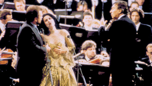 Claudio Abbado conducts Italian opera arias – With Bryn Terfel, Sergei Larin, and Angela Gheorghiu