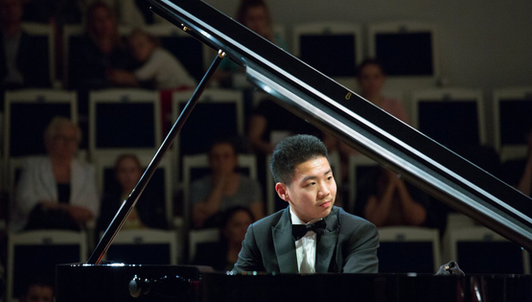 Yiguo Wang plays Rachmaninov's Piano Concerto No. 2 in C Minor, Op. 18
